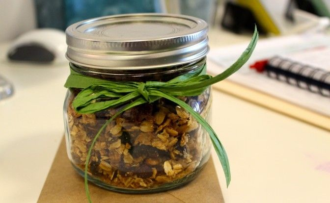 Homemade Low-Sugar Granola Recipe | Vital Plan